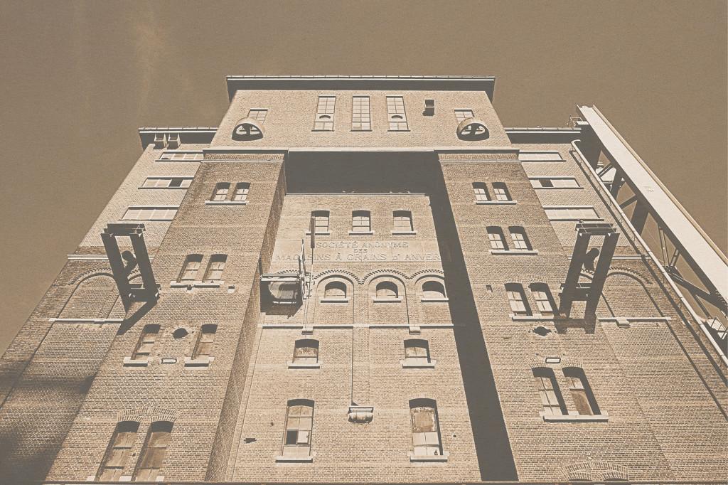 Voyage Local - Docks & Walls of Antwerp - 5